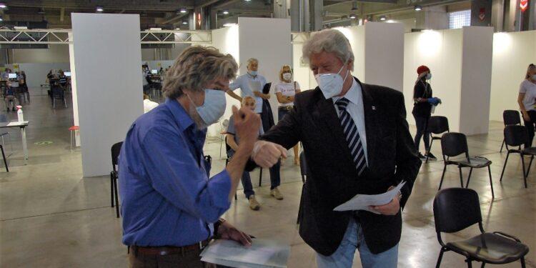 Con lui alla Fiera di Bolzano anche il sindaco Caramaschi