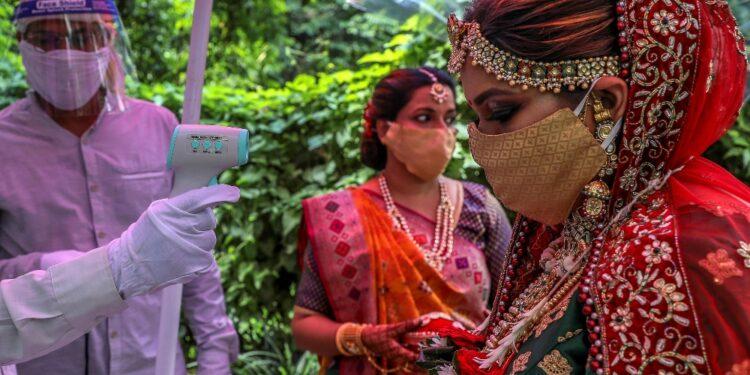 Accordo tra famiglie per celebrare comunque matrimonio