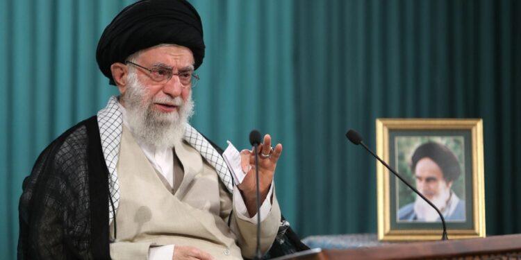 La Guida suprema iraniana dopo le presidenziali di ieri