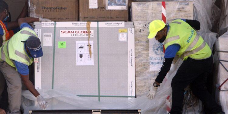 'I 90 milioni di dosi Covax già consegnate non bastano'
