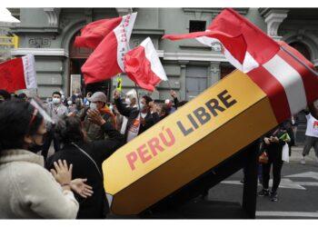 Team economico: 'Non nazionalizzeremo né confischeremo beni'