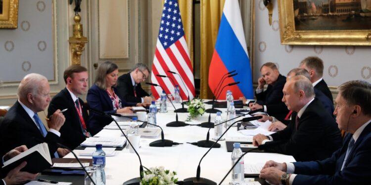 Dichiarazione congiunta Usa-Russia al termine del summit