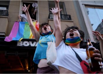 'Rischio provocazioni'. I manifestanti: 'Sfideremo il bando'