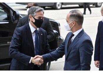 Così segretario di Stato arrivando alla conferenza sulla Libia