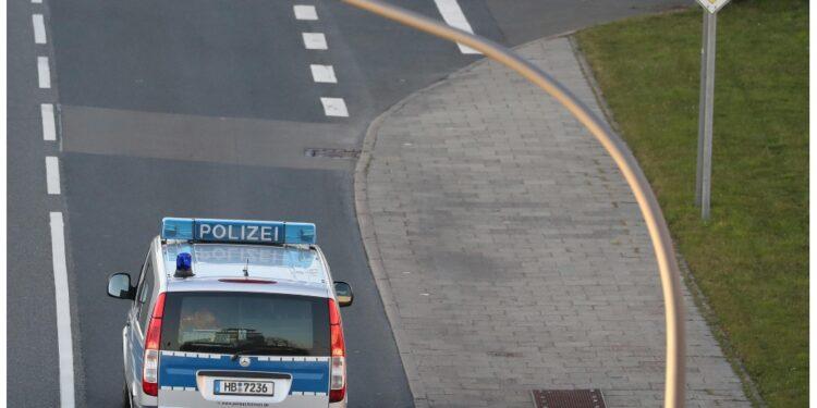 La polizia ferma una persona