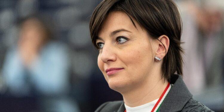 Era contestato a ex eurodeputata e pres. Confindustria Lombardia