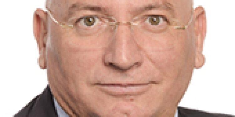 Indagato europarlamentare Lega Adinolfi