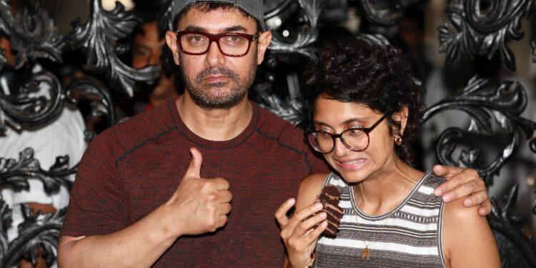 Dopo 15 anni finisce matrimonio con la regista Kiran Rao