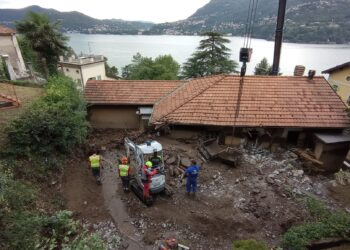 Blevio casa travolta dal fango