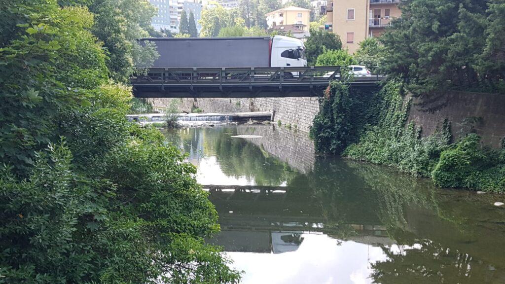 Ponte di ferro di Maslianico
