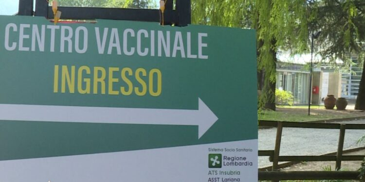 cartello ingresso hub vaccinale villa erba
