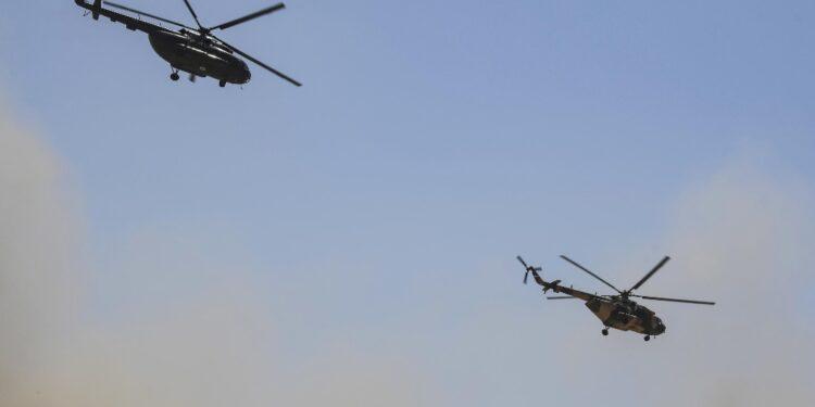 Con aiuto supporto aereo