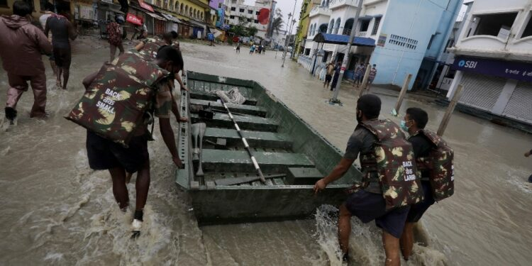 Colpiti Assam e Bihar