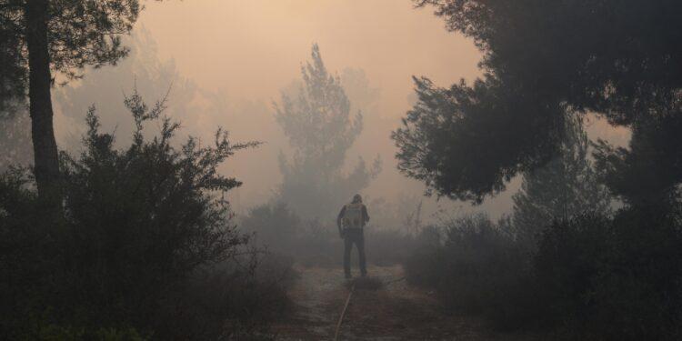 Evacuati abitanti alcuni centri. In pericolo nosocomio Hadassah