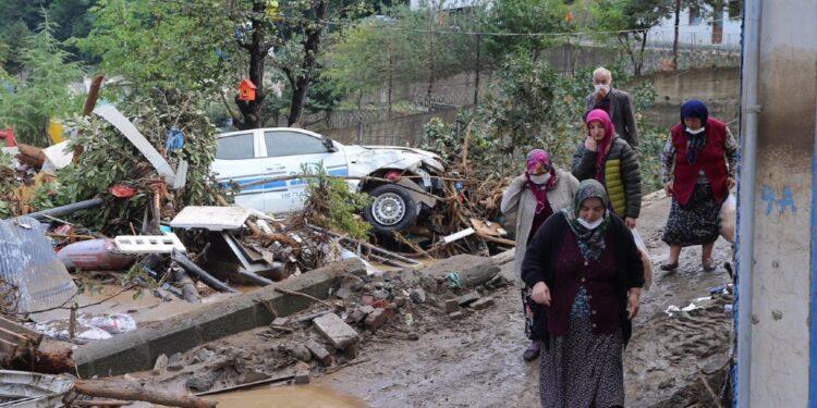 Evacuate oltre 1.400 persone nel nord