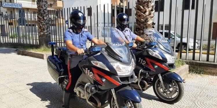 Due giovani bloccati in flagranza dai carabinieri nel cosentino