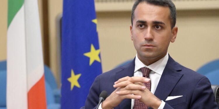 'L'obiettivo è aiutare gli afghani e i Paesi confinanti in loco'