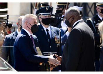 Incontro tra capo Pentagono e il ministro della Difesa Guerini