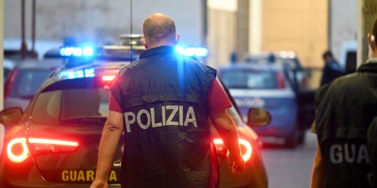 Operazione di polizia e Gdf: 10 arresti