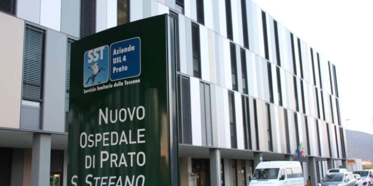 Ricoverata in terapia intensiva Prato:giovane non era vaccinata