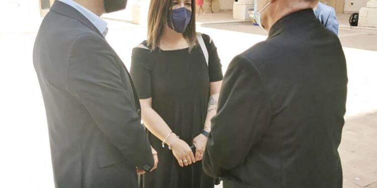 'Chi ha rapito mia figlia è libero e gira a Mazara del Vallo'