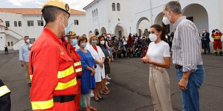 Felipe VI e Letizia in visita sull'isola