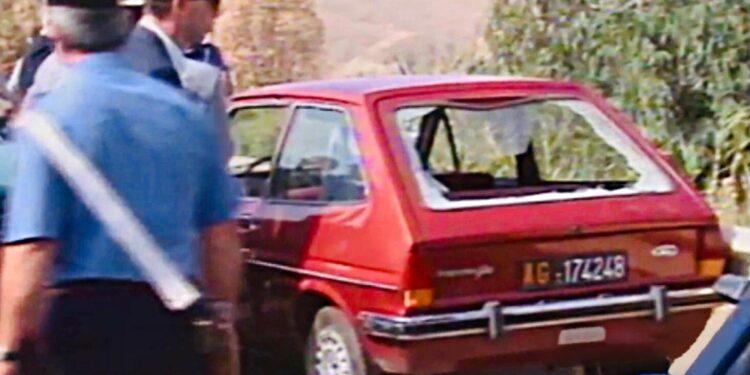 Ford Fiesta lasciata da genitori magistrato a amico famiglia