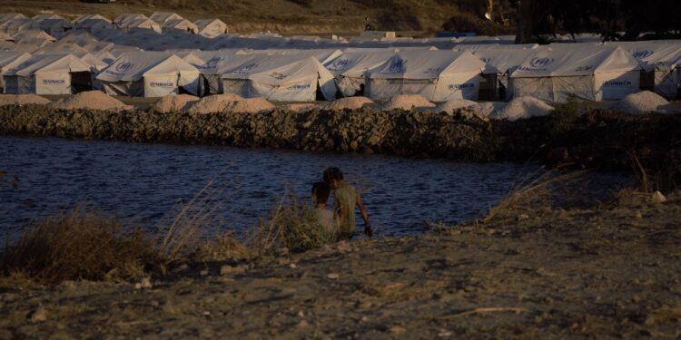 Nuovo rapporto sulle condizioni 'disumane' nel campo di Lesbo