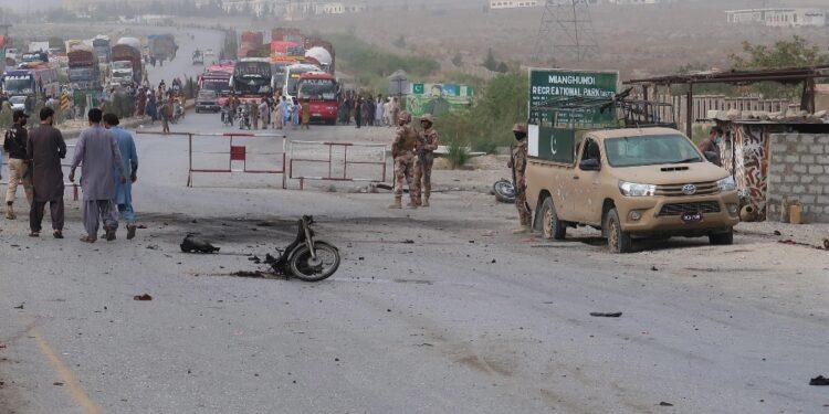 A Quetta. Rivendicano i Talebani pachistani (Ttp). 20 i feriti