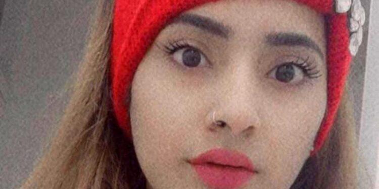 Sono indagati per l'omicidio della figlia e ricercati