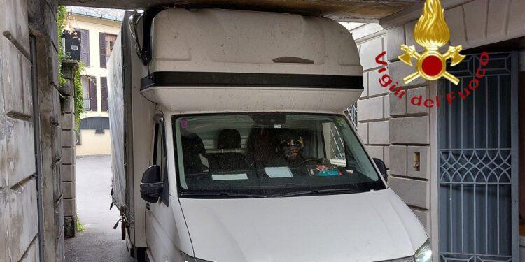 furgone via giovio