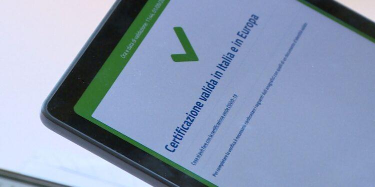 green pass valido su uno smartphone
