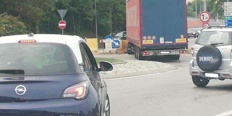 viadotto lavatoi camion