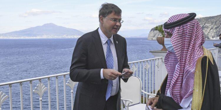 Commissario incontra ministra americano Commercio a G20 Sorrento