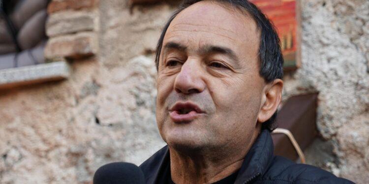 """Per ex sindaco Riace """"non ci può essere pace senza diritti"""""""