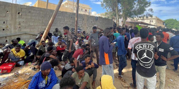 Centinaia in sit-in a Tripoli