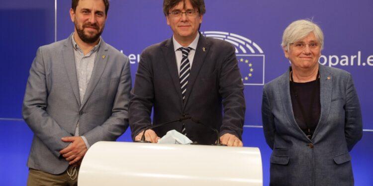 Ponsatí e Comín sono in Sardegna per udienza del leader catalano