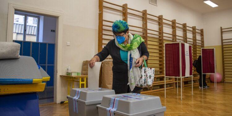 Ieri lïaffluenza alle urne è stata tra il 20% e il 40%