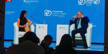Il presidente russo accusato di atteggiamenti sessisti