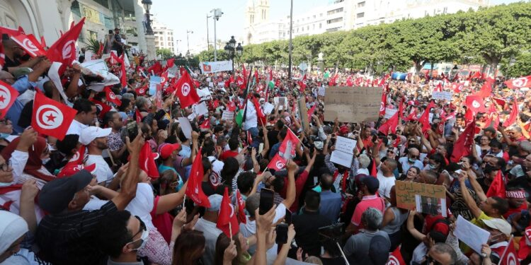 Analoghe manifestazioni in altre città della Tunisia